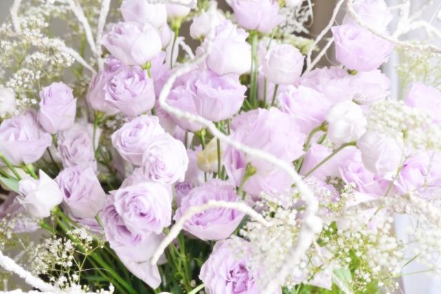 薄紫と白の花束